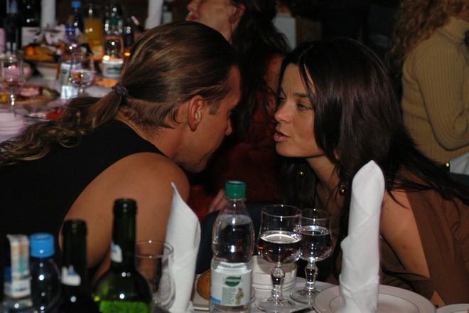 Корольова і Тарзан в ресторані