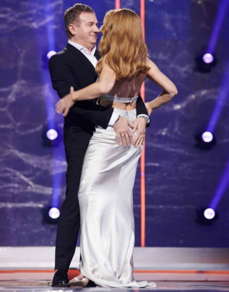 Однажды Юрий Горбунов схватил Тину за пятую точку прямо на сцене