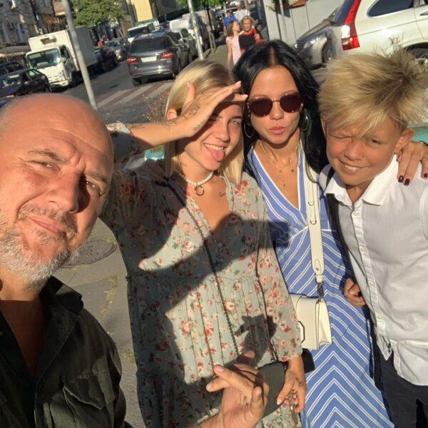 Потап с бывшей женой Ириной Горовой и детьми