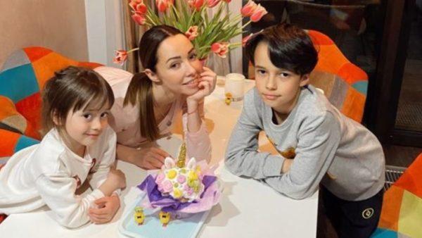 Катерина Кухар - щаслива мама двох дітей