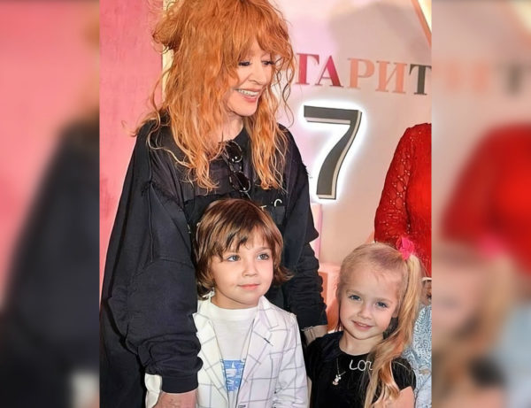 Алла Пугачева с Лизой и Гарри