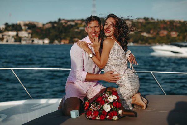 Владимир и Кристина уже помолвлены