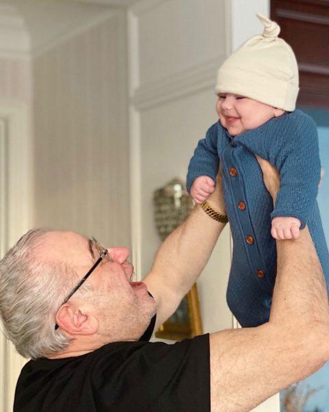 Петросян з маленьким сином