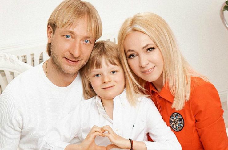 Евгений Плющенко, Яна Рудковская и их сын Саша