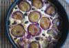 Творожной пирог со сливами