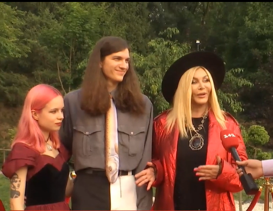Ірина Білик з сіном і майбутньою невісткою
