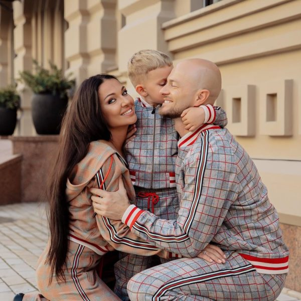 Влад Яма с женой Лилианой и сыном Леоном