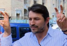 Сергій Притула виклав фотопідтвердження того, що він проголосував за себе. Але не допомогло