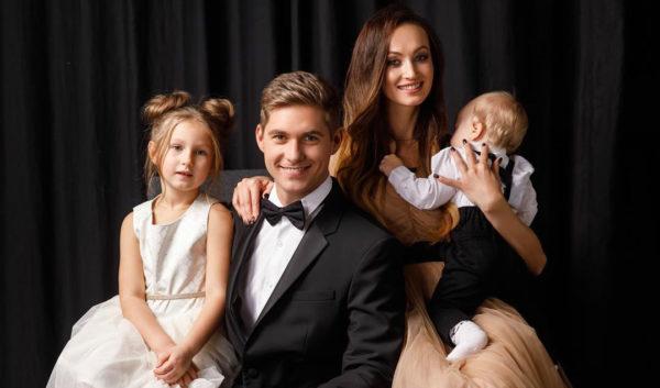 Остапчук и Войченко с их детьми
