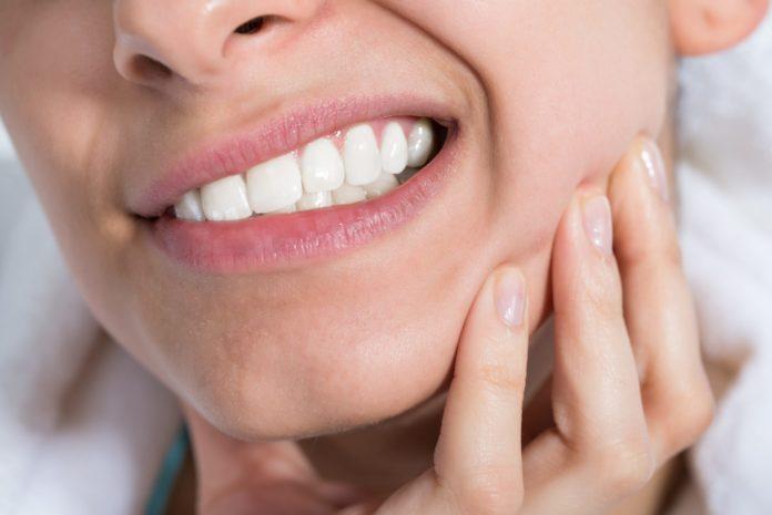 Скрежет зубамы