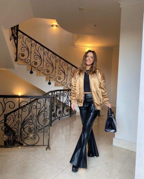 Ані Лорак показала фото в своєму розкішному будинку
