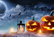 Повний місяць і Хелловін