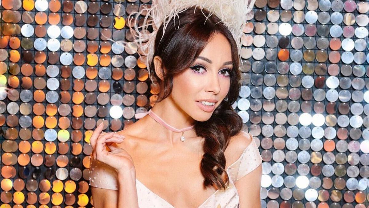 Прима-балерина Екатерина Кухар показала участникам «Танцев со звездами», как нужно танцевать, чтобы получить ее похвалу