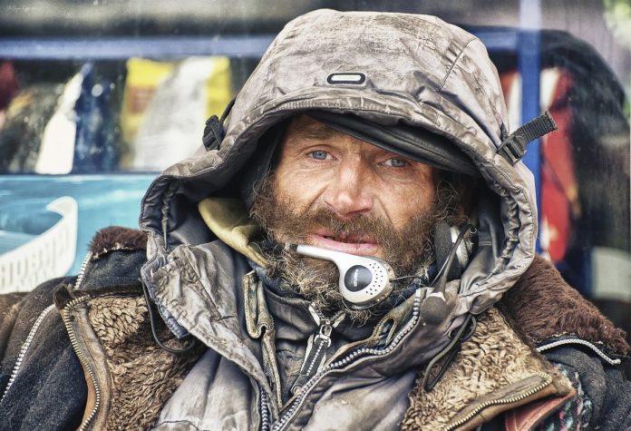 Бездомний чоловік