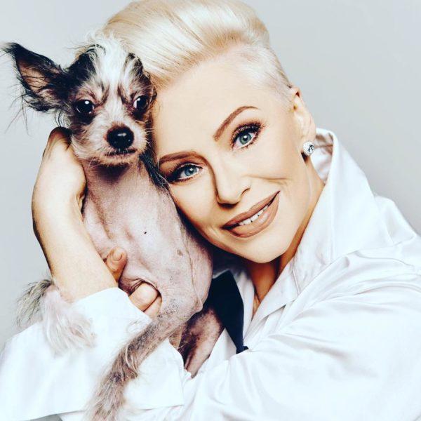 Ирина Понаровская со своим псом Патриком