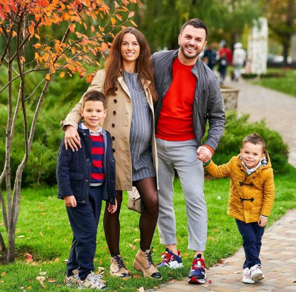 Семья Решетников в ожидании третьего ребенка
