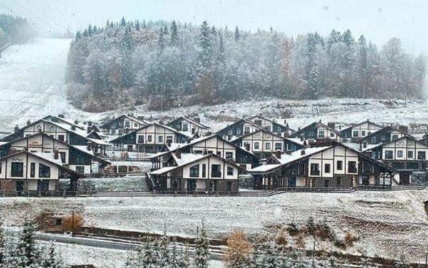 Западную Украину уже замело: выпал снег