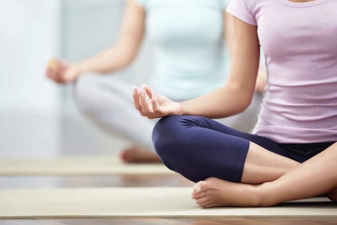 Йога допоможе вам краще спати