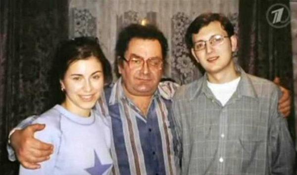 Ані Лорак з татом і загиблим братом Сергієм