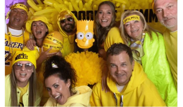 Жовта вечірка у Потапа і Насті