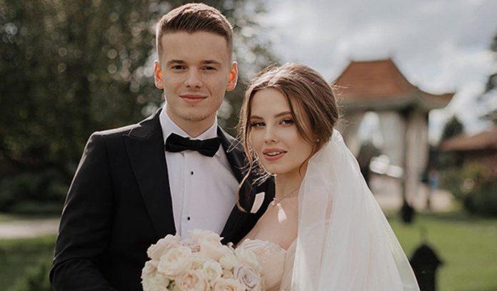 Син Валерії та її вагітна невістка Ліана переїхали в нові хороми