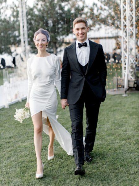 Молодята Володимир і Христина Остапчук