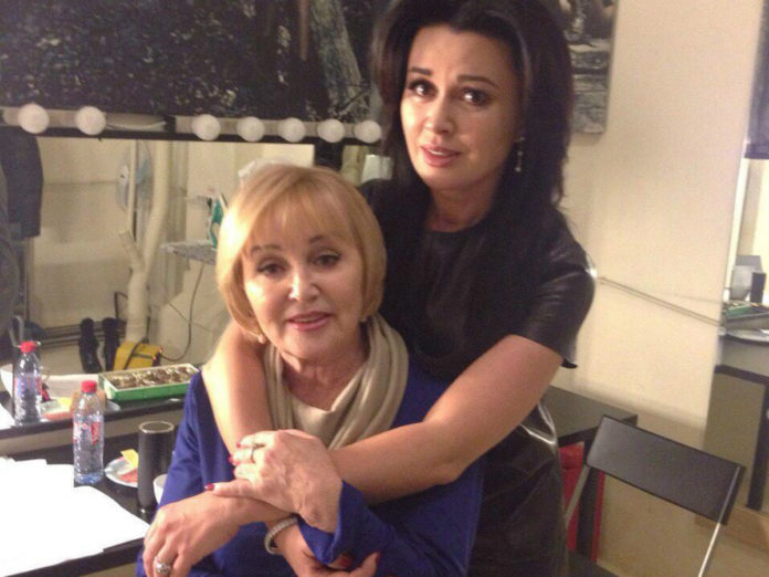 Анастасія Заворотнюк і її мама