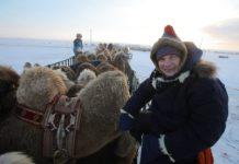 Комаров поїхав від дружини і палив верблюжі какашки, щоб зігрітися