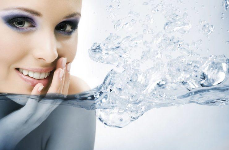 Минеральная вода и зубы
