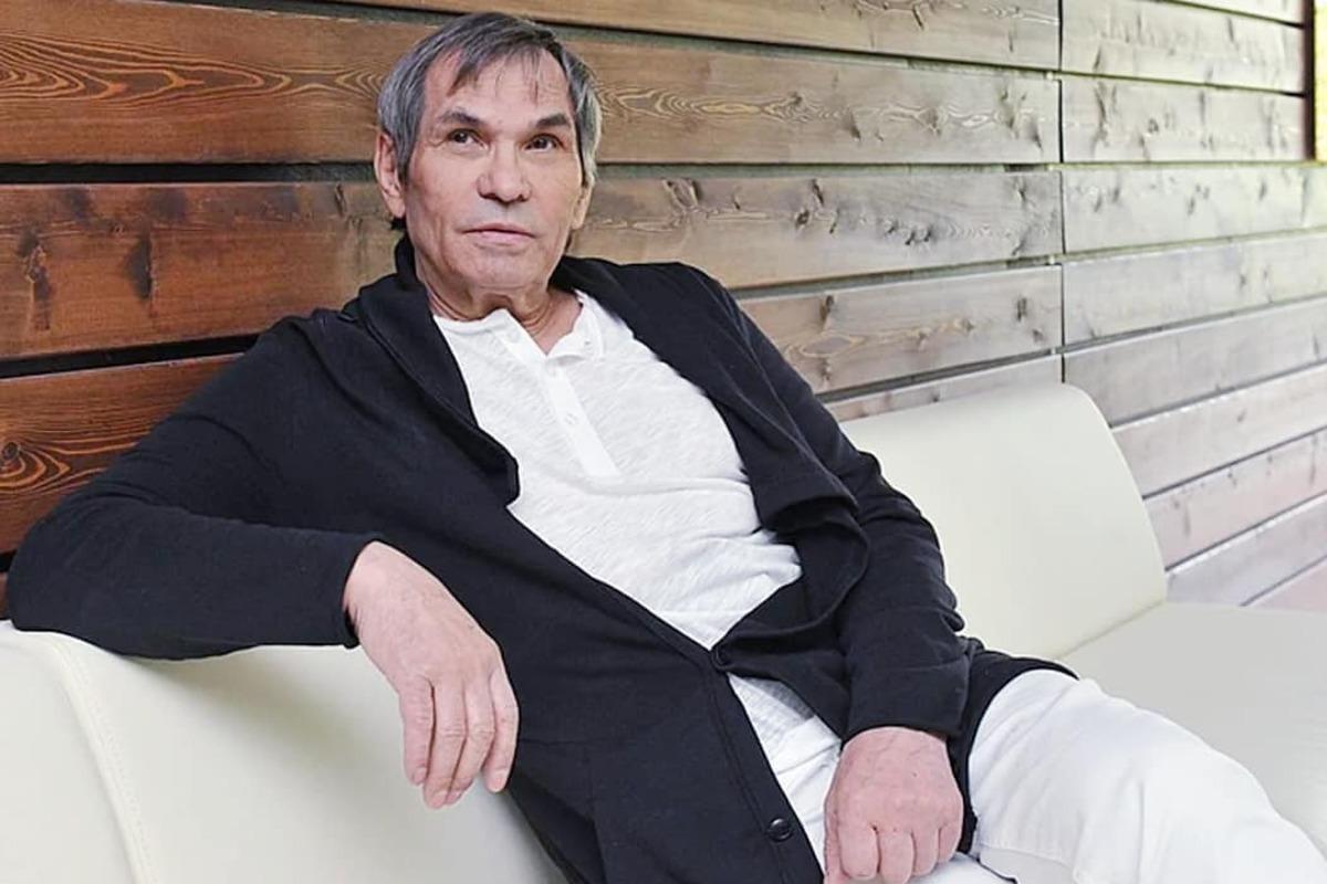 Барри Алибасов