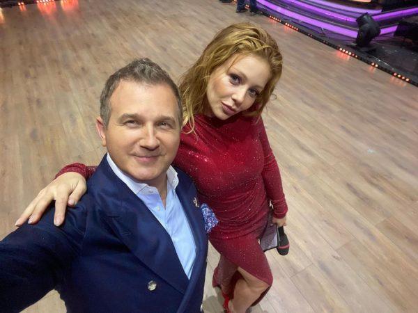 Горбунов и Кароль на паркете