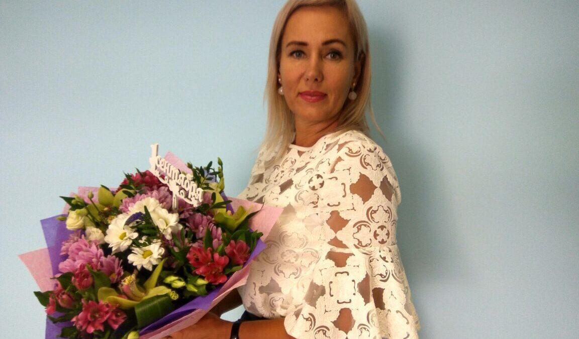 Так Олена Переведенцева виглядає зараз, вона ще два рази була заміжня, від третього чоловіка є дочка