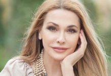 Ольга Сумська показала обличчя крупним планом