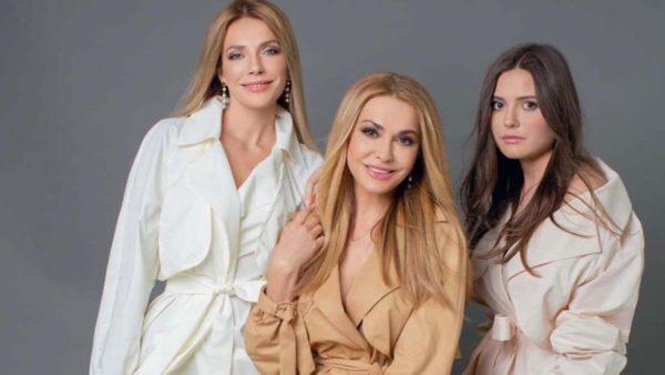 Ольга Сумська з дочками