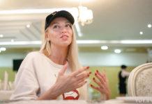 Оля Полякова показала, як вдома виглядає без макіяжу