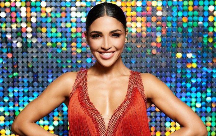 """Переможниця шоу  """"Танці з зірками """" Санта Дімопулос розповіла, кому присвятила свою перемогу"""