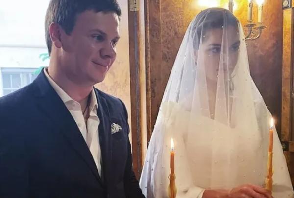 Весілля Комарова і Кучеренко