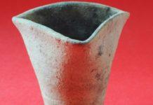 В Луцке археологи нашли чашу, которой больше 500 лет