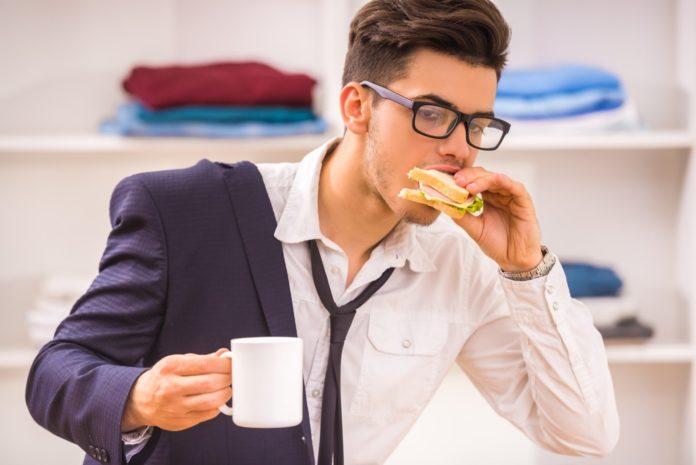 Чому їсти швидко - шкідливо для організму