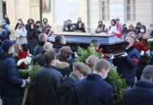 Похороны Бориса Плотникова прошли 5 декабря - положили рядом с Юлией Началовой