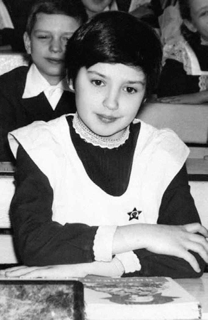 Оксана Марченко в школьные годы