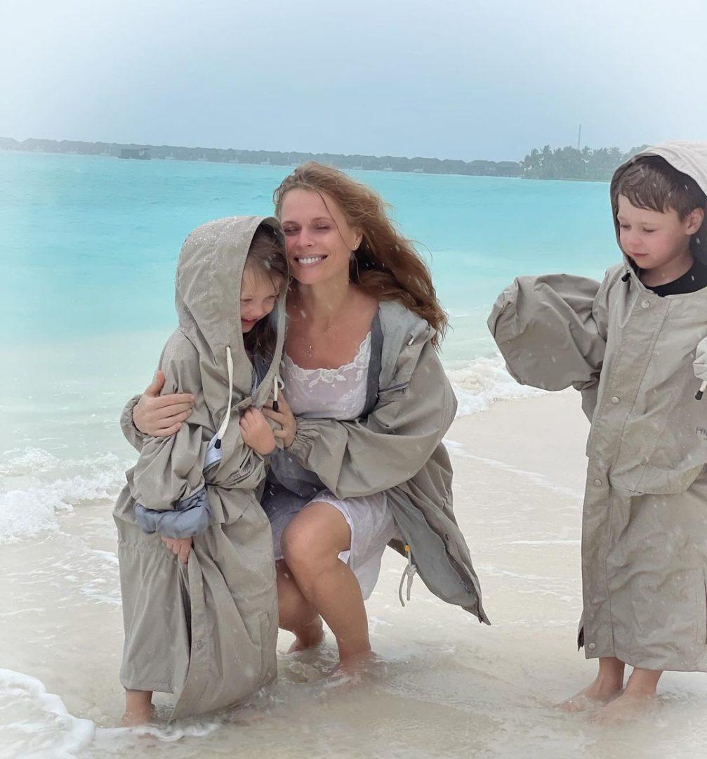 Ольга Фреймут з дітьми на відпочинку