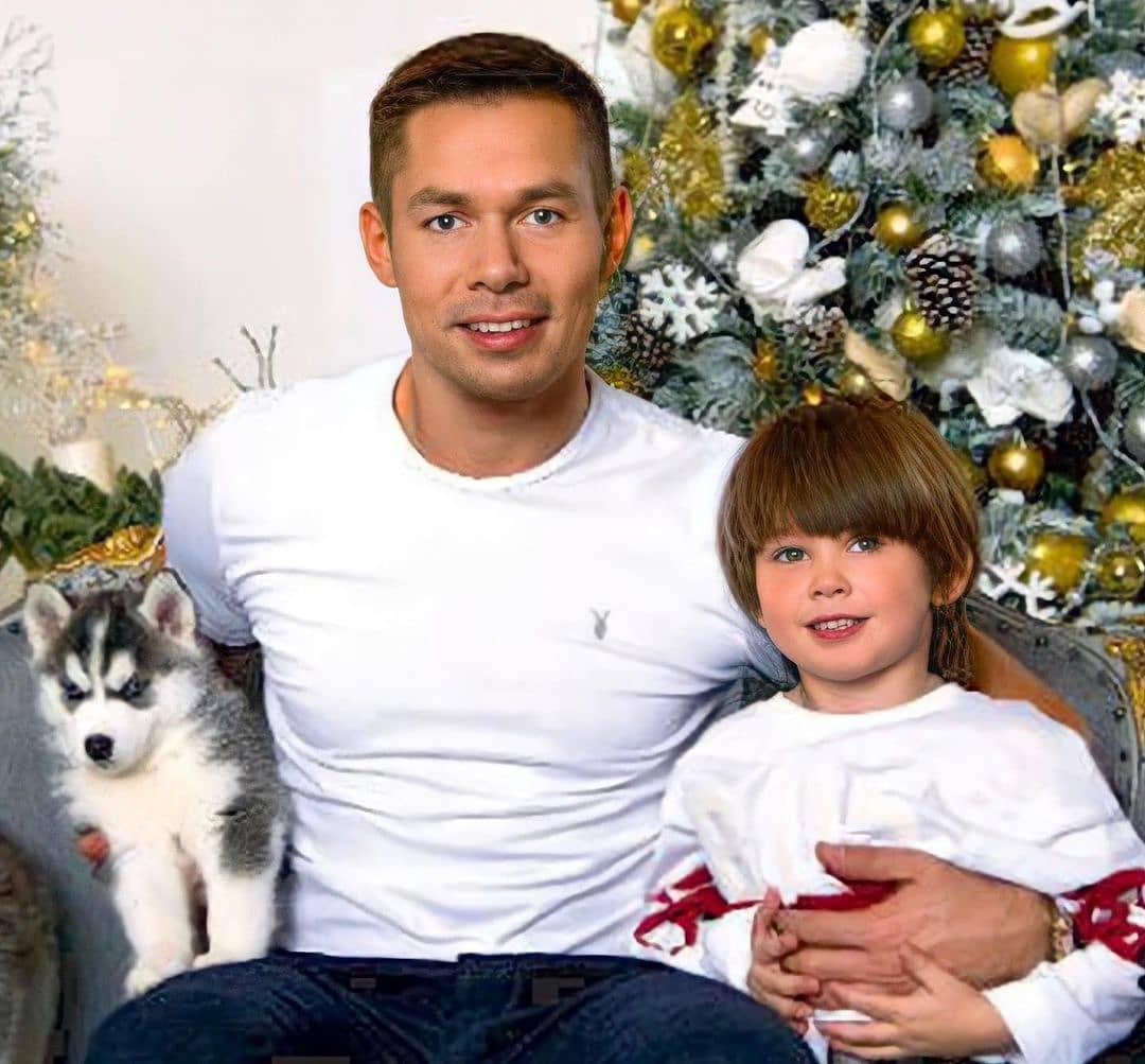 Стас Пьеха с сыном и питомцем