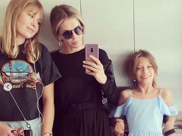 Віра Брежнєва з дочками