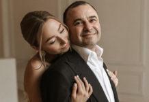 Виктор Павлик с молодой женой