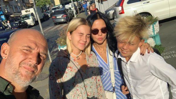 Потап та Ірина Горова з дітьми