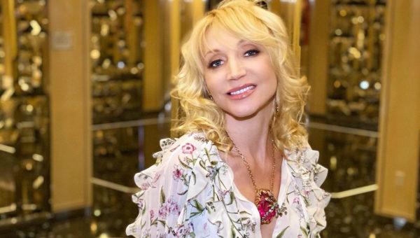 Кристина Орбакайте показала новое фото - вся в маму
