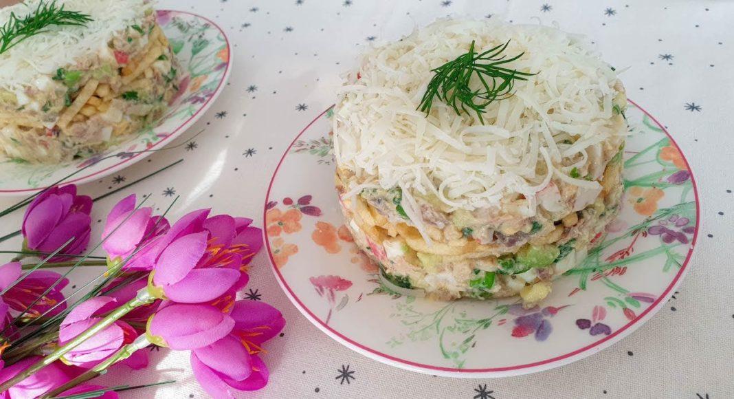 Интересный салат с селедкой