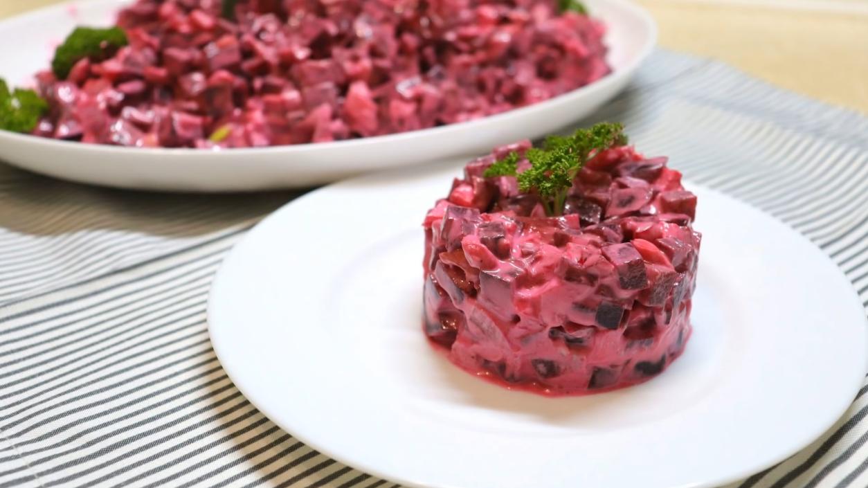 Быстрый салат из свеклы