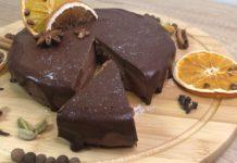 Шоколадний торт без випічки - рецепт чізкейку з трьох інгредієнтів
